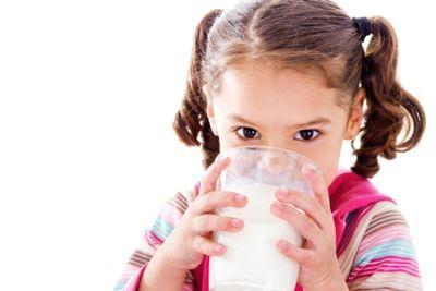 ceade-a-doua-etapa-a-actiunii-ansvsa-la-nivel-national-pentru-verificarea-laptelui