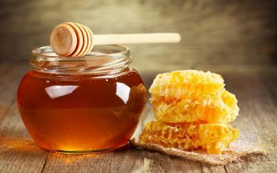 sectorul-apiculturii-va-primi-mai-multi-bani