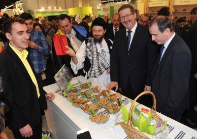 a-inceput-targul-de-agricultura-biofach-2013-romania-este-tara-anului