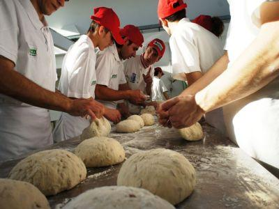 producatorii-din-domeniul-panificatiei-au-tendinta-de-a-reveni-la-painea-traditionala