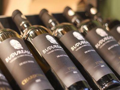 producatorul-vinurilor-de-budureasca-estimeaza-o-rata-de-15-la-suta-a-profitului