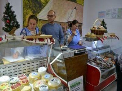 17-producatori-agricoli-din-alba-si-au-deschis-propriul-magazin-cu-produse-romanesti-naturale