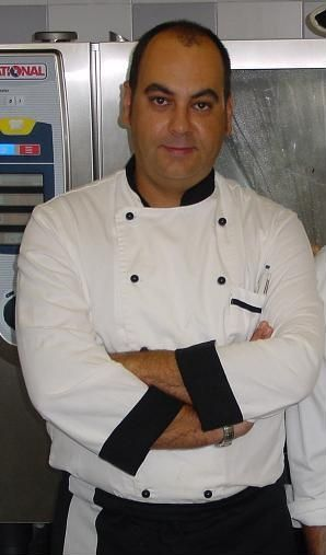 un-spaniol-a-preparat-cea-mai-mare-salata-din-lume