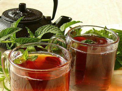 ceaiul-de-menta-aliat-de-nadejde-in-perioada-sarbatorilor
