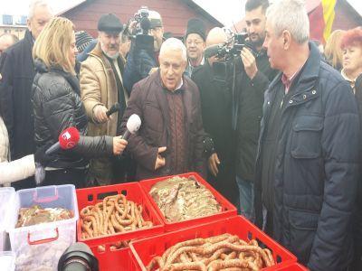 petre-daea-a-verificat-prezenta-produselor-romanesti-pe-rafturile-din-hypermarket