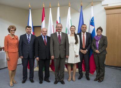 ministrii-agriculturii-din-tarile-central-si-est-europene-s-au-intalnit-saptamana-trecuta-la-budapesta