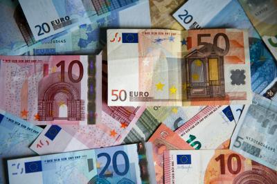 credite-pentru-afaceri-mici-garantate-de-ue-sunt-8-miliarde-de-euro-disponibili