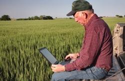 agricultura-asistata-de-computer-modele-de-simulare-a-cresterii-plantelor-si-de-prognoza-a-recoltelor