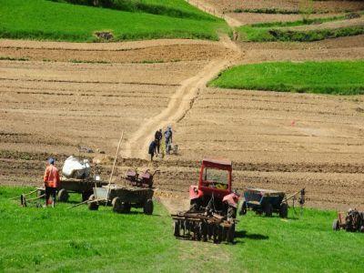 peste-3600-de-fermieri-au-depus-cereri-de-finantare-in-cadrul-pndr-2014-2020