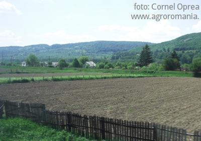 cat-s-a-dat-si-cat-mai-e-de-luat-din-punga-fondurilor-europene-pentru-agricultura