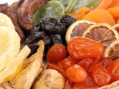 cat-de-sanatos-e-consumul-de-fructe-uscate