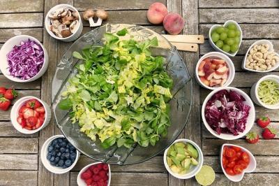 guvernul-ar-putea-reduce-in-toamna-aceasta-tva-ul-la-legume-fructe-si-produse-bio-carnea-se-amana-pentru-2015