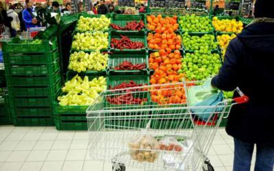un-studiu-care-confirma-ceea-ce-stiam-cu-totii-la-supermarket-gasim-doar-25-mancare-romaneasca