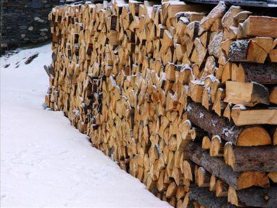 pretul-lemnului-de-foc-a-crescut-cu-250-in-ultimii-6-ani