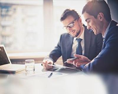 lectia-de-management-avem-un-imm-cum-facem-profit-raspunsul-a-pus-sala-pe-ganduri-si-pe-cautat-pe-internet