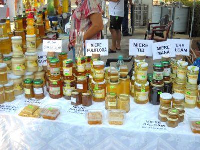 targul-national-al-mierii-isi-deschide-portile-pe-platforma-apicola-baneasa