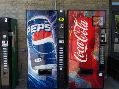 decizie-drastica-la-new-york-in-lupta-contra-obezitatii-a-fost-interzisa-vanzarea-pe-strada-a-sucurilor-la-doi-litri