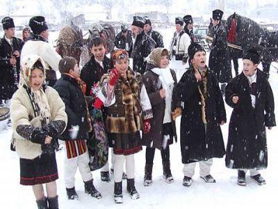 traditiile-sfarsitului-de-an-in-satele-romanesti