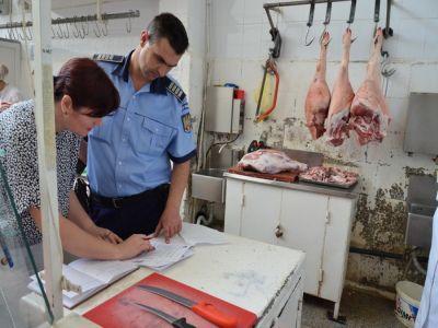 peste-doua-tone-de-carne-de-porc-confiscate-din-piete