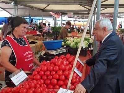 tomatele-romanesti-au-ajuns-in-toate-pietele-din-capitala