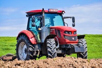 ministrul-oprea-vrea-ca-tractorul-romanesc-sa-relanseze-exportul-autohton