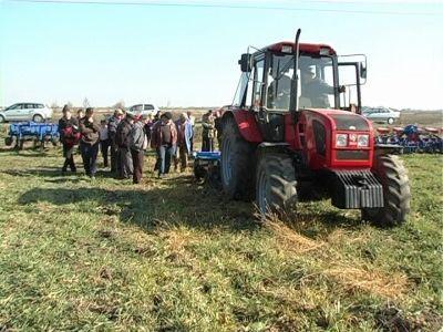 in-atentia-agricultorilor-care-vor-sa-isi-achizitioneze-utilaje-prin-pndr