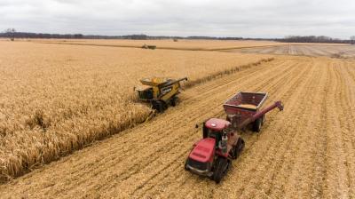 importatorii-de-utilaje-agricole-acuzati-ca-umfla-preturile-pentru-achizitiile-facute-din-bani-europeni